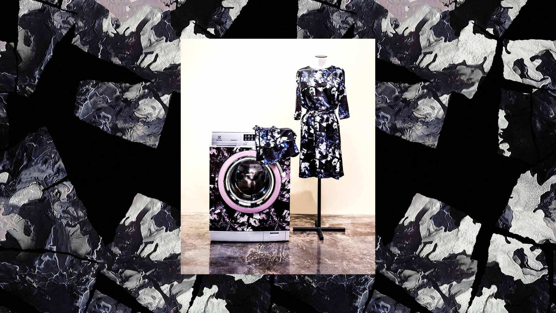vaskemaskine fra electrolux sammen med kjole på mannequin, med print designet af Storm og Marie